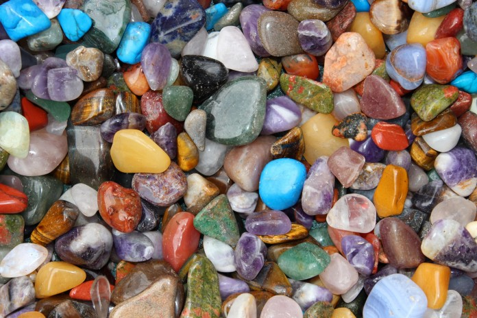 Lithothérapie et pierres précieuses pour le bien-être.