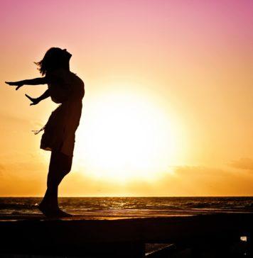 A la recherche du bonheur, heureux et heureuse
