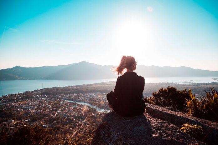 Vivre avec la solitude en paix et bienveillance